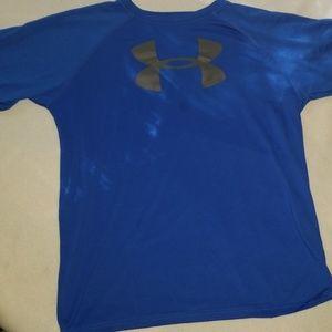 Boys UA moisture wicking t-shirt
